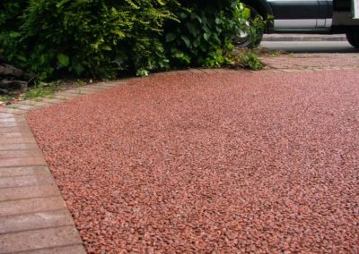 Low view resin bound aggregate