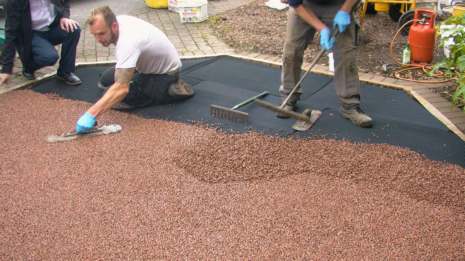 resin bound aggregate install