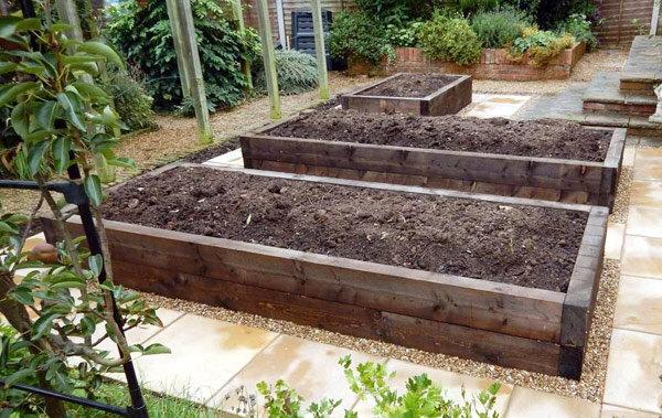 millboard decking installed by landscape gardeners